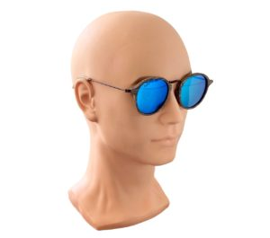 Tama oak sunglasses on male model