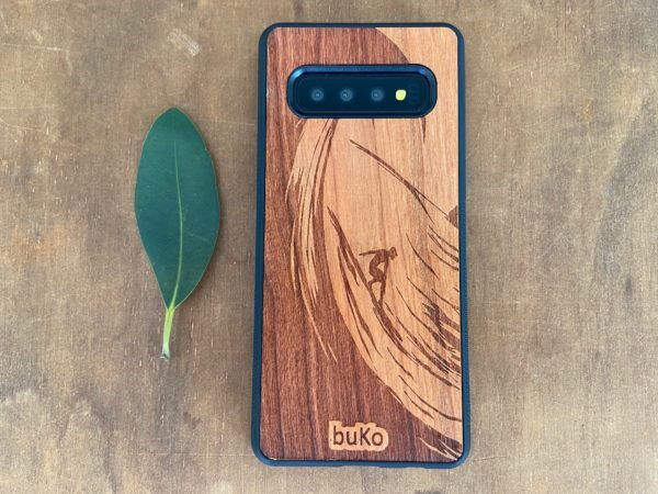 Wooden Galaxy S10/S10 Plus Case with Surfer Engraving