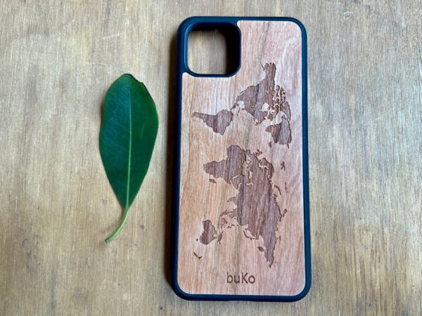 Wooden Google Pixel 4 and 4XL Case with World Map Engraving